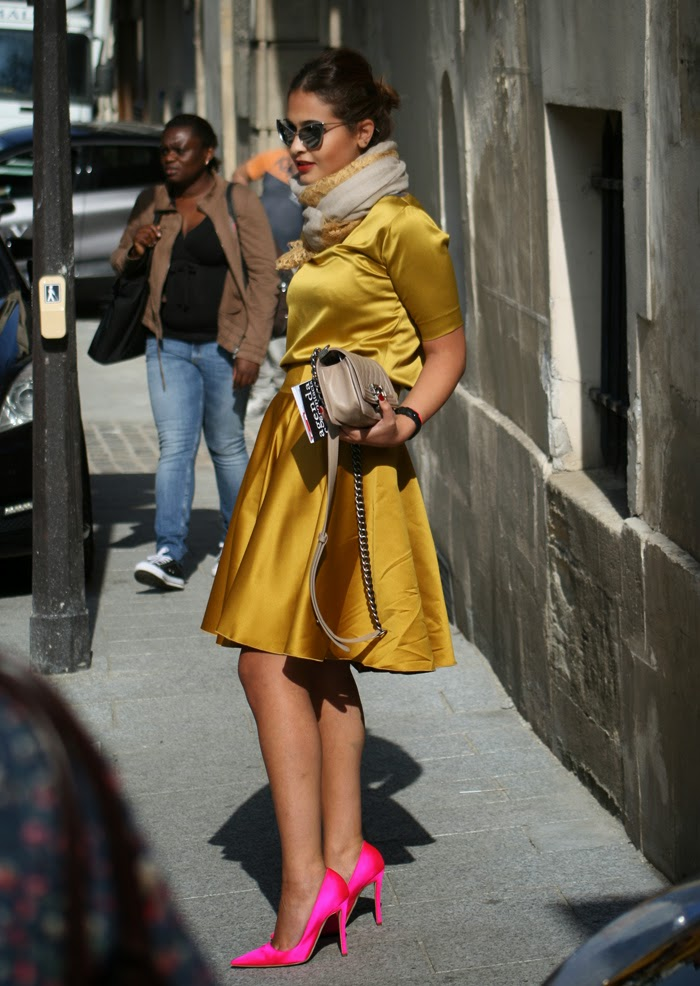 pfw outfit golden pink